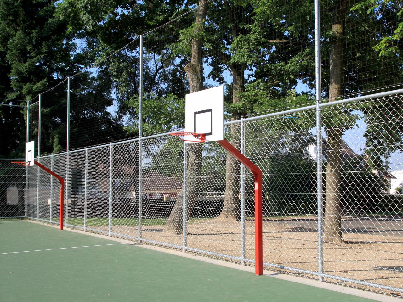 Panneaux de basket scolaire avec deport