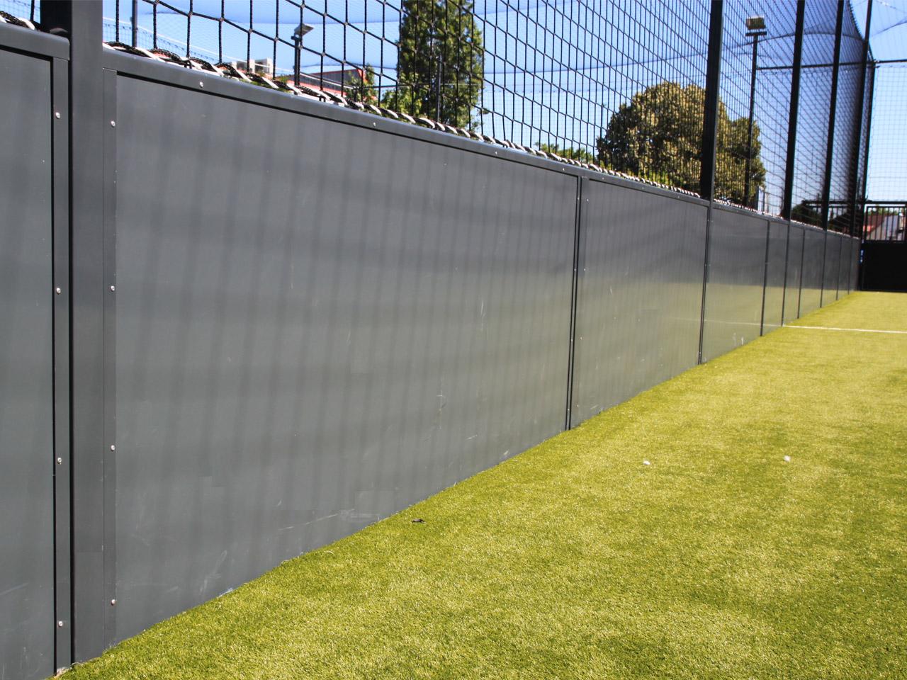 Soccer - Detail panneaux sandwich monowall